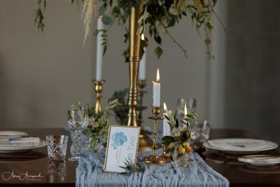 Blue floral wedding table stationery