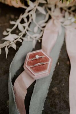 Wedding ring and engagement ring set - ladies