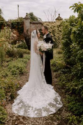 Lace wedding dress and veil inspiration