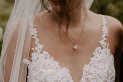 Martina Liana lace strap detail