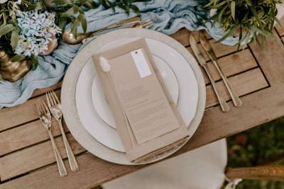 Elegant rustic wedding table place setting inspiration