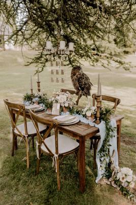 Wedding table décor inspiration + wedding owl