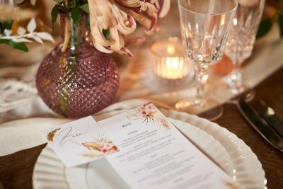 Wedding table setting - luxury boho