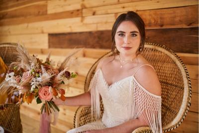 Classic, barely there bridal makeup
