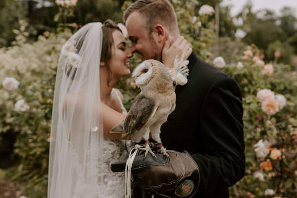 Romantic stately home wedding. Elegance with owls